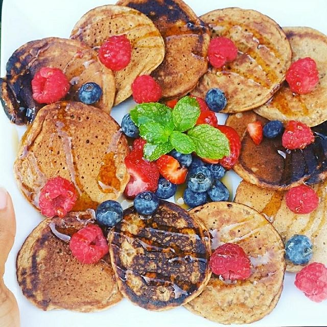Delicious Vegan Banana Pancakes – Refined sugar, Oil, and Gluten-freePancakes